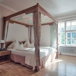 bio-hotel-schlossgut-oberambach-starnberger-see-zimmer-1