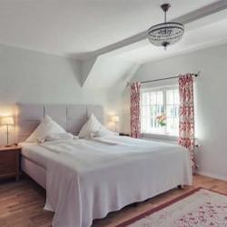 bio-hotel-schlossgut-oberambach-starnberger-see-zimmer-3