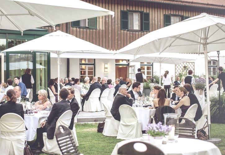 restaurant terrasse schlossgut oberambach bio hotel starnberg