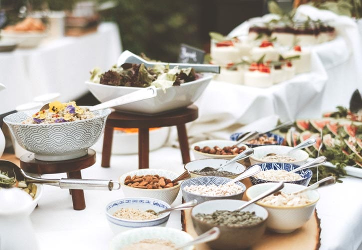 11-hochzeit-buffet-schlossgut-oberambach-bio-hotel-starnberg
