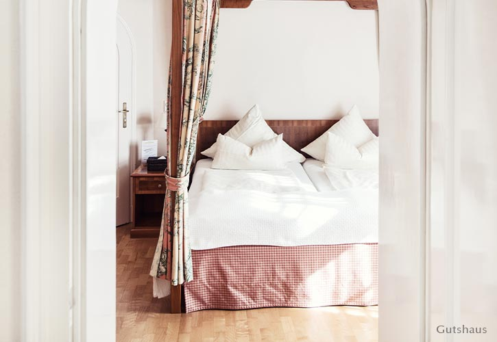 hochzeit-suite-2-schlossgut-oberambach-bio-hotel-starnberg