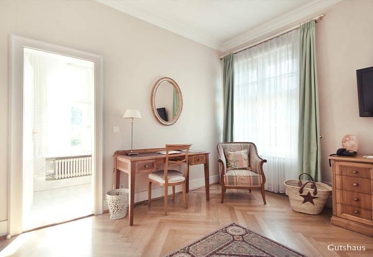 hochzeit-suite-3-schlossgut-oberambach-bio-hotel-starnberg