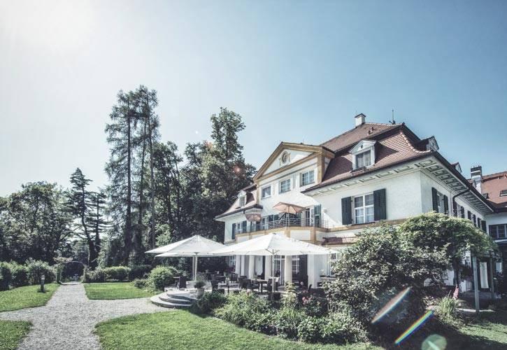 schloss-cafe-1-schlossgut-oberambach-bio-hotel-starnberg