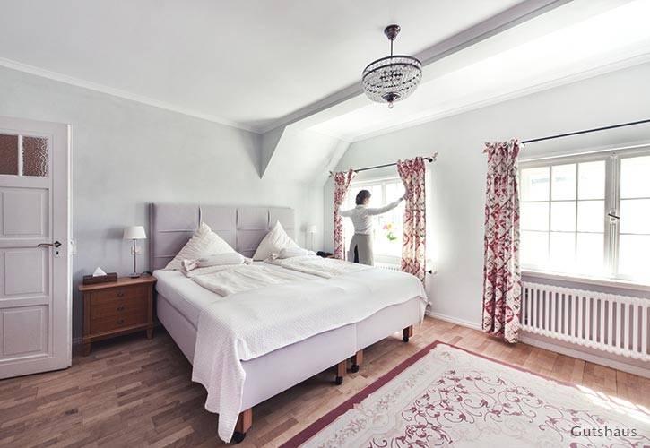 superior-suite-4-schlossgut-oberambach-bio-hotel-starnberg