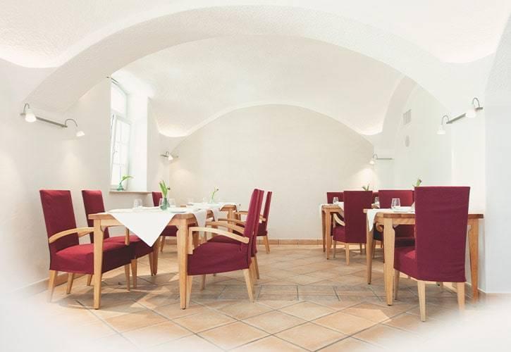 5-restaurant-gewölbe-schlossgut-oberambach-bio-hotel-starnberg