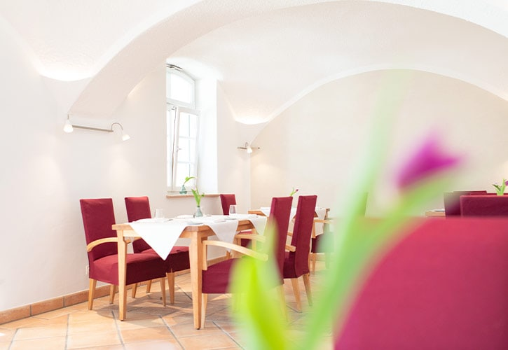 7-restaurant-natur-schlossgut-oberambach-bio-hotel-starnberg